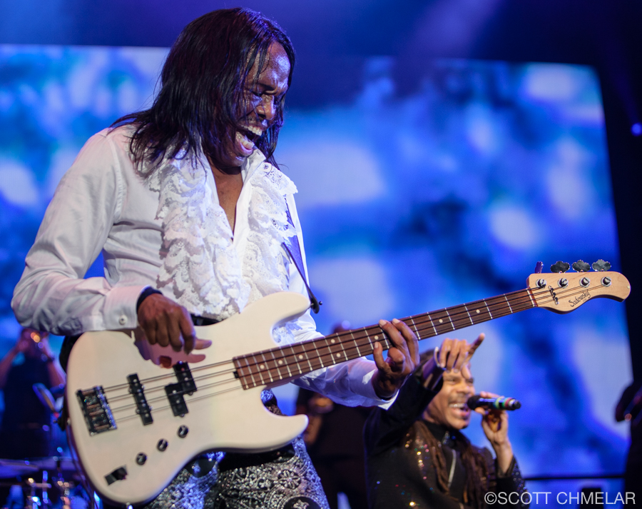 Earth, Wind & Fire at Red Hat Amphitheater in Raleigh, North Carolina May 10. 2019 Photography by Scott Chmelar