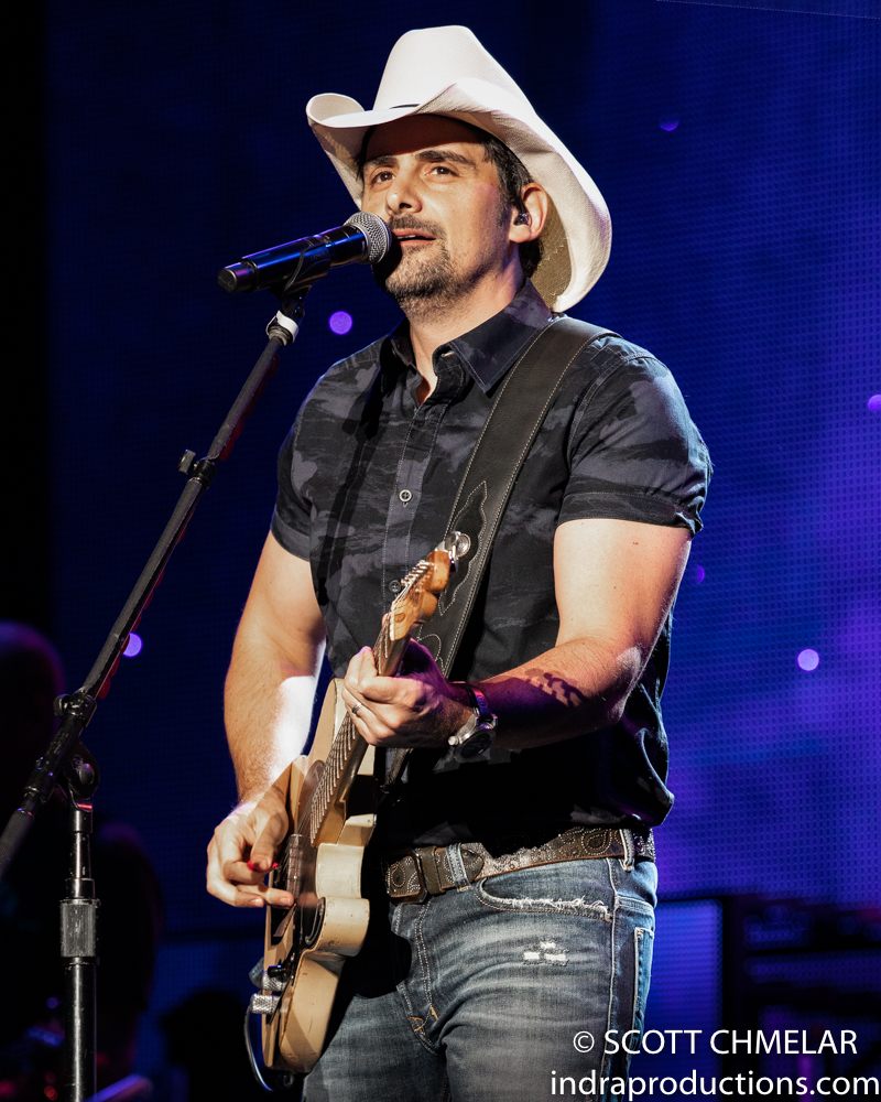 Brad Paisley, Chris Lane and Riley Green perform at the Coastal Credit Union Music Park at Walnut Creek in Raleigh NC. August 15, 2019. Photos by Scott Chmelar for INDRA Magazine