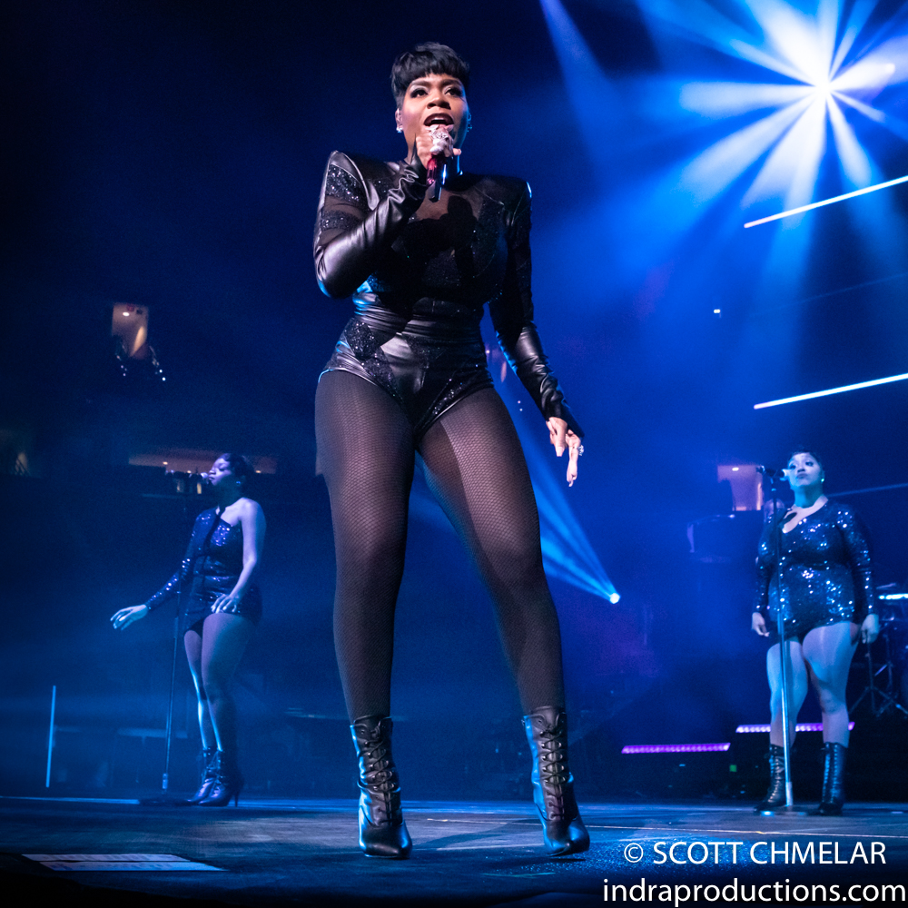 """Fantasia """"The Sketchbook Tour"""" with Robin Thicke, Tank and The Bonfyre at PNC in Raleigh, NC Dec. 1, 2019. Photos by Scott Chmelar for INDRA Magazine."""